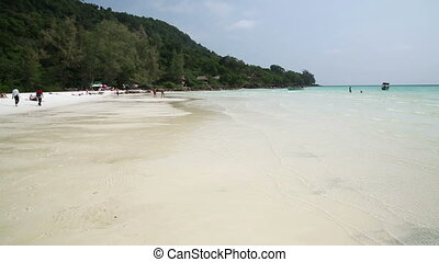 Perfect white sand and crystal water beach, koh rong,...