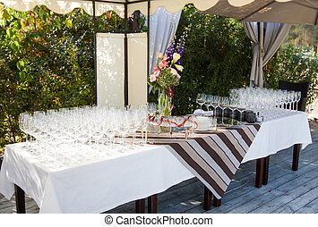 banquet table - wineglasses on wedding banquet table