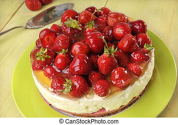 strawberry cake with yoghurt cream