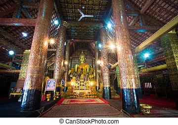 Buddha statue in Wat Xieng Thong, Laos