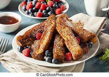 Homemade French Toast Sticks with Maple Syrup