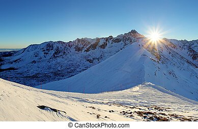 Tatras Winter in Poland - dolina Gasienicowa