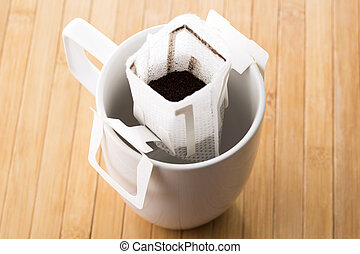 Instant freshly brewed coffee