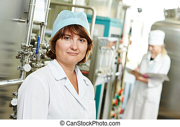 pharmaceutical factory worker - pharmaceutical man worker in...