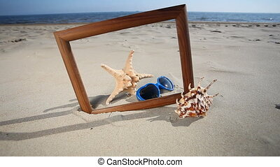 Wooden frame with seashell - Wooden frame border blank copy...