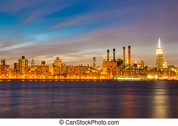 Newyork mid town at dusk from brooklyn