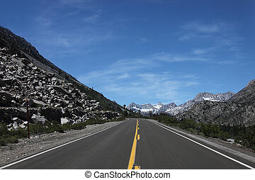 Driving in the Eastern Sierra Mountains