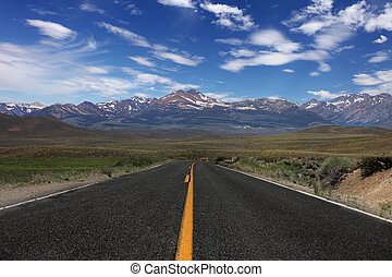 Rural Road in the Eastern Sierras - Wide Open Rural Road in...
