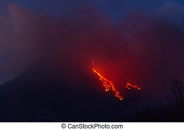 Etna Lava Flow - More explosions in the night and lava flow