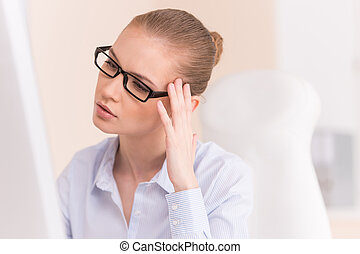 女, コンピュータ, 仕事, オフィス, 労働者, 若い, 彼女, 机, 肖像画, メガネ