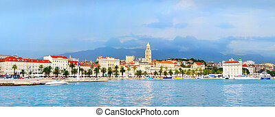 Split panorama - Panoramic view of Split with famous...