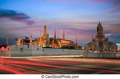 Grand palace at twilight in Bangkok, Thailand - Grand palace...