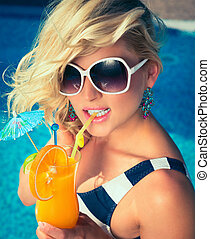 sexy girl with a summer cocktail - Beautiful, young, sexy...