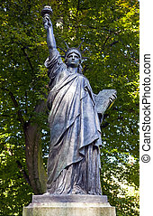 Statue of Liberty Sculpture in Jardin du Luxembourg in Paris...