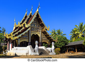 temple - Beautiful old temple in Mae Chaem northern...