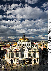 Museum of fine arts in Mexico city or Palacio Del Belles...