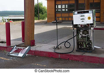 Decaying gas pump - Abandoned and smashed gas pump at...
