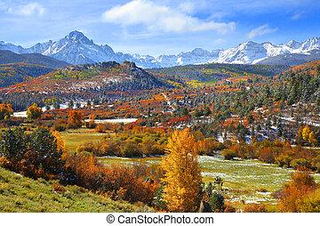 Mount Snefflels - Scenic landscape near Ridgeway Colorado