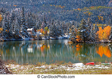 Beautiful lake Lenore - Amazing landscape in Colorado with...