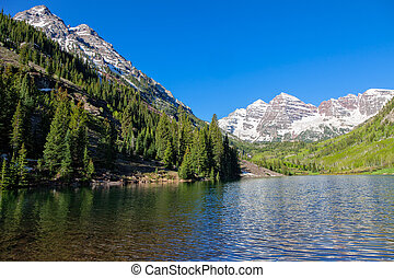 Maroon Bells in Summer - the maroon bells and maroon lake...