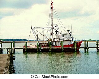 shrimp boat - red boat
