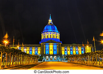 San Francisco city hall at night time - San Francisco city...