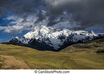 Ausangate, Peru - Sunlit peaks of the Ausangate mountain in...