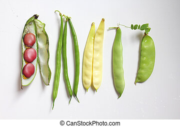 Leagumes beans - Different kinds of legumes : green and...