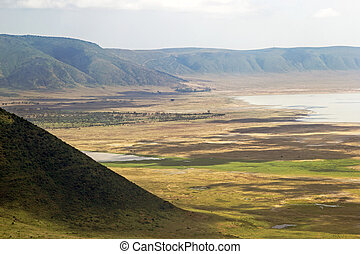 Panoramic view of Ngorongoro crater and rim. - Panoramic...
