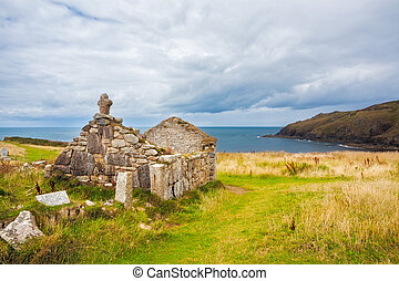 St Helens Oratory Cornwall - Ruins of St Helens Oratory an...