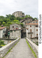 Codiponte, old village in Tuscany - Codiponte Massa e...