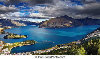 Wakatipu lake, New Zealand - Queenstown cityscape with...