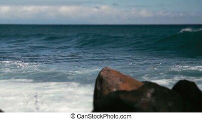 1080p, Huge Waves On Hawaii