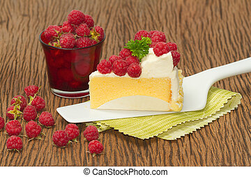 Rasberry cheesecake with fresh rasberries