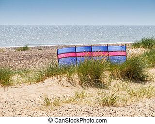 Colourful Windbreak - Colourful windbreak on Pakefield...
