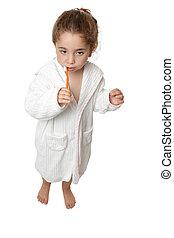 niña, cepillado, ella, dientes, cepillo de dientes