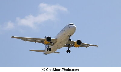 Commercial Plane Landing - Aircraft landing at Barcelona...