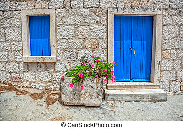 Old window and door - Window and entrance of an old...