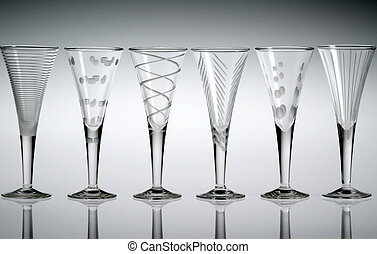 Six crystal liqueur glasses - Six empty etched crystal...