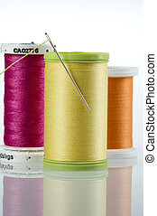 Needle and thread with 3 spools of thread - Threaded needle...