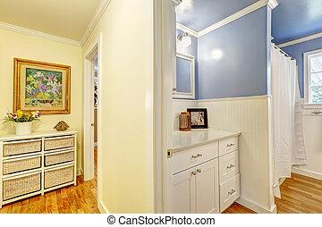 Corridor with bathroom entrance