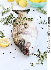 rayado, bajo, con, fresco, hierbas, limones