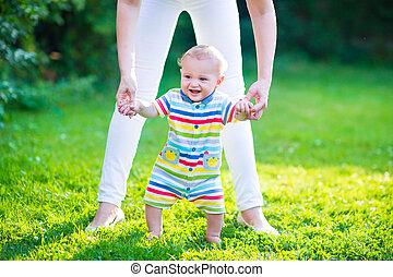 bebé, Hablar, el suyo, primero, pasos