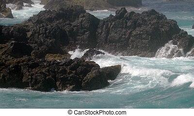 Waves Crashing on Rocks, Slow motion