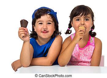 Kid,s couple with ice cream