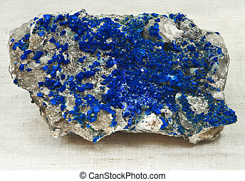 ultramarine, cristalización
