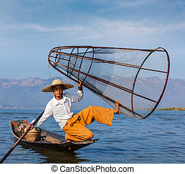 Burmese fisherman at Inle lake, Myanmar - Myanmar travel...