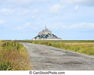road to mont saint-michel abbey, Normandy