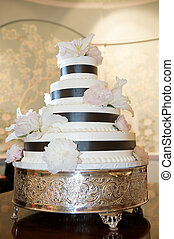 Wedding Cake - a fancy wedding cake