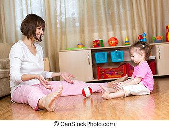 casa, bambino, gioco, madre